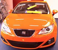oranje auto